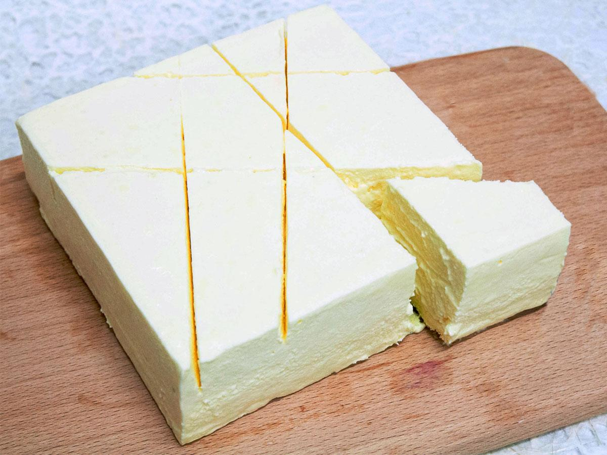 Frozen mousse and baked cheese<br>冻慕斯与焗芝士_芝士系列_蛋糕系列_蛋糕名录_鲜
