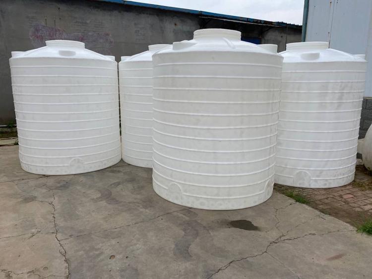5吨耐酸碱塑料桶(图1)