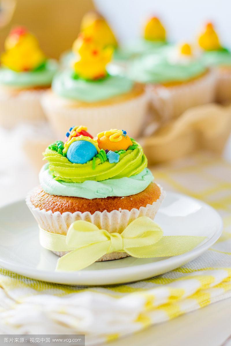 复活节,卵,纸杯蛋糕,华丽的,盘子,白色,糖,奶油淇淋,小鸡,复活节蛋糕