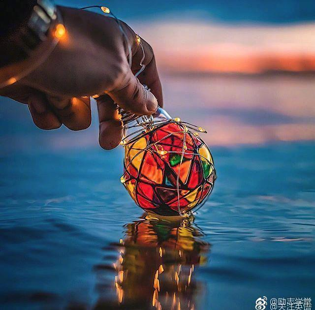 Happiness can be found even in the darkest of times|Happiness|幸福_新浪网